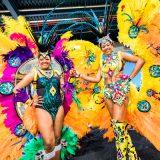 Vakantiebeurs danseressen